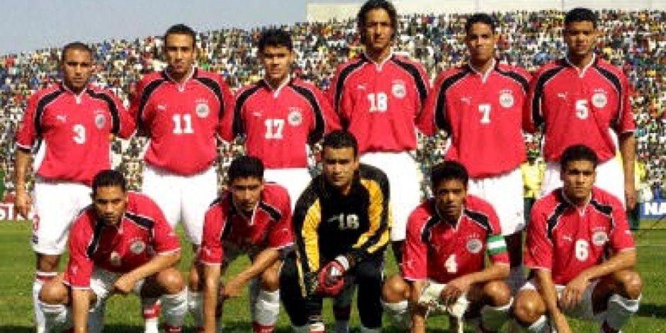 لاعبون مصريون اخترقوا نظام معسكرات المنتخب.. وجبة كشري وأكلة السمك وسرقة طعام العريس