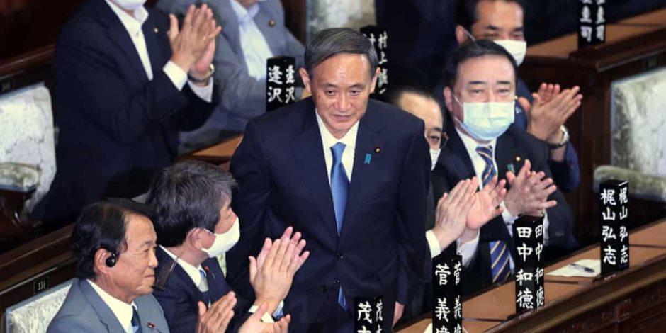 يوشيهيدي سوجا رئيس وزراء اليابان الجديد.. امتداد لسياسات «شينزو آبي»