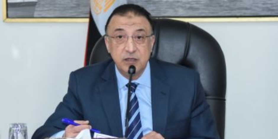 محافظ الإسكندرية يفند أكاذيب الإخوان بشأن خروج مظاهرات بعروس المتوسط