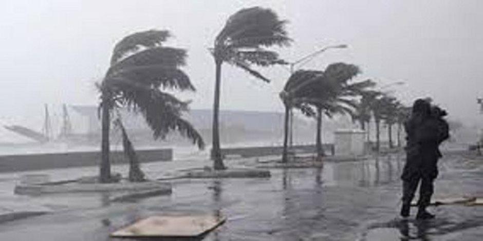 الاكتئاب الجوي يضرب القارة العجوز.. عواصف وفيضانات توقف الحياة بمدن أوروبية