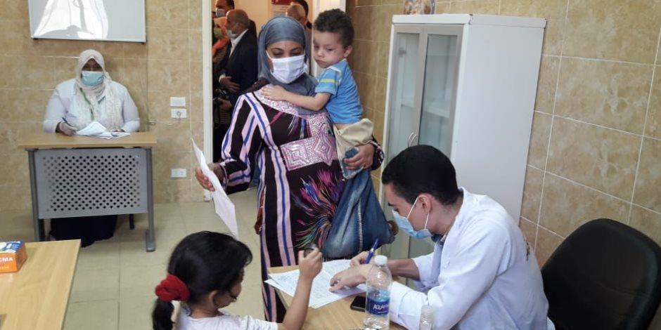 """قوافل الأزهر الطبية تستجيب لما نشرته """"صوت الأمة"""" بإلزام الموطنين بارتداء الكمامات"""