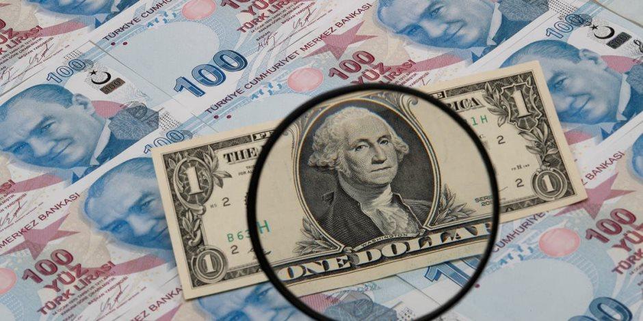 8 ليرات للدولار.. انهيار العملة التركية ووصولها لأدنى مستوى بسبب زيادة التوترات