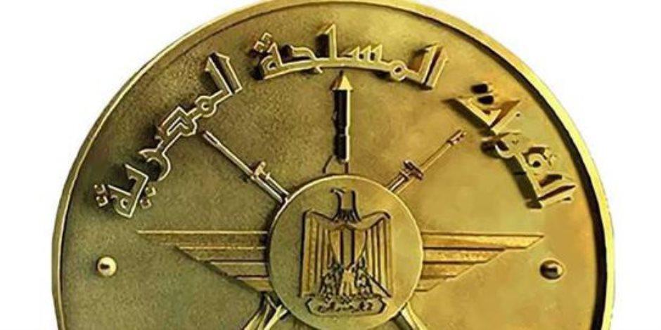 وزير الدفاع يشهد الاحتفال بتخريج دفعات جديدة من المعاهد الصحية