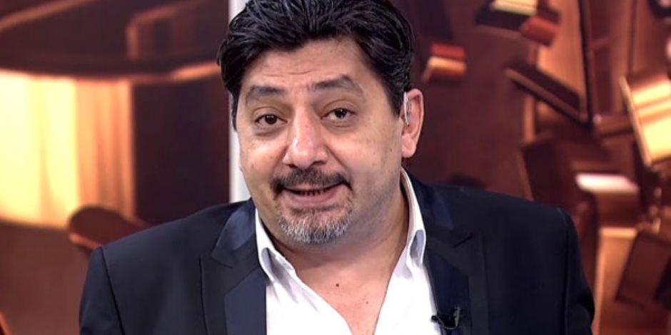 """""""قواد وتاجر شعارات"""".. إعلامي إخواني سابق يفضح """"المتلون"""" حسام الغمري.. فماذا قال؟"""