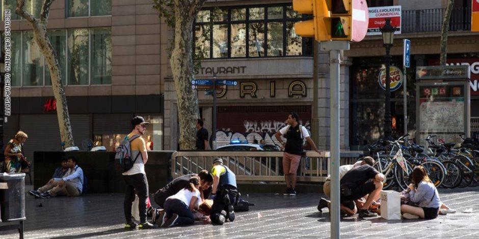 """بعد ذبح أستاذ فرنسي.. ملاحقة أمنية لـ""""منابر الإخوان"""" في أسبانيا"""
