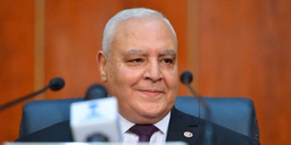 البيان الإحصائي للجنة انتخابية بالعمرانية: حصول قائمة من أجل مصر على 372 صوتا ونداء مصر 90