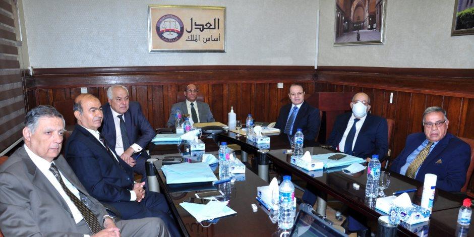 النائب العام يعرض على مجلس القضاء الأعلى مشروع ربط محكمة النقض بالنيابة العامة رقميا
