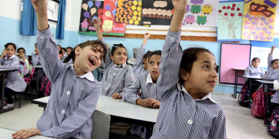 """ماذا قالت """"التعليم"""" عن تعديل المدارس جداول امتحانات المواد غير المضافة للمجموع لتبدأ أول يناير؟"""