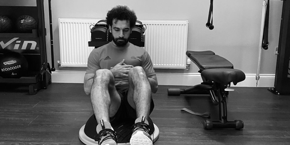 مفاجأة.. محمد صلاح زار نادي «المقاولون العرب» سرا وتفقد غرفة ملابسه القديمة (فيديو)