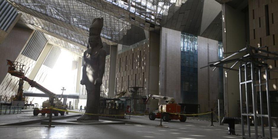 «صوت الأمة» في قلب الهرم الرابع.. مخطط تحويل الأهرامات لأكبر منطقة سياحية بالعالم