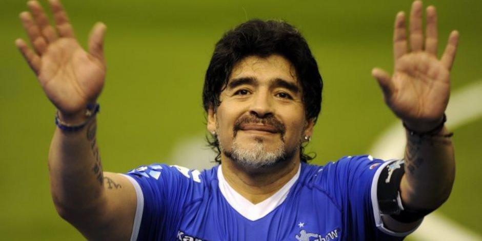 """مارادونا مات.. خبر أوجع قلب """"نابولي"""" التي خرج منها طريداً"""