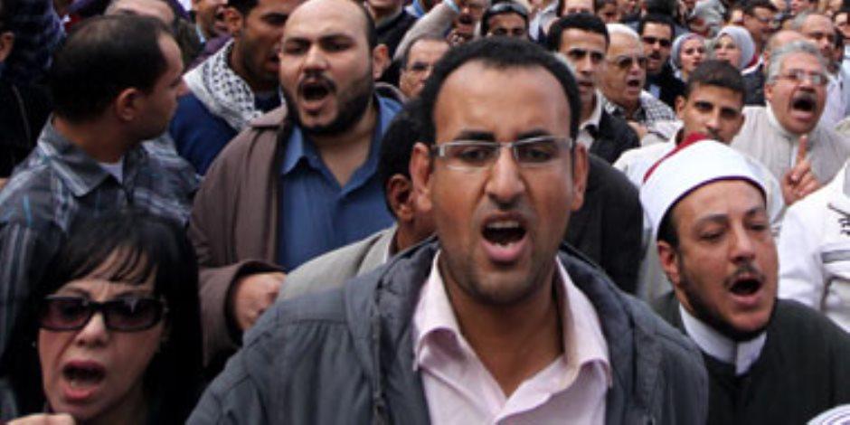 ضحايا الاتحادية في رقبة الإخوان: اغتالوا الحسيني أبو ضيف.. واستهدفوا الفتيات