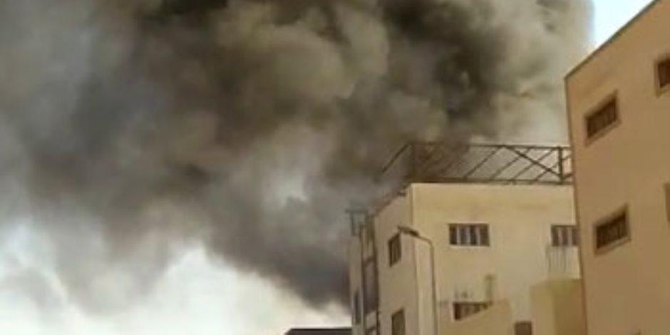 حريق ضخم بمصنع لإنتاج التنر بالعاشر من رمضان..صور