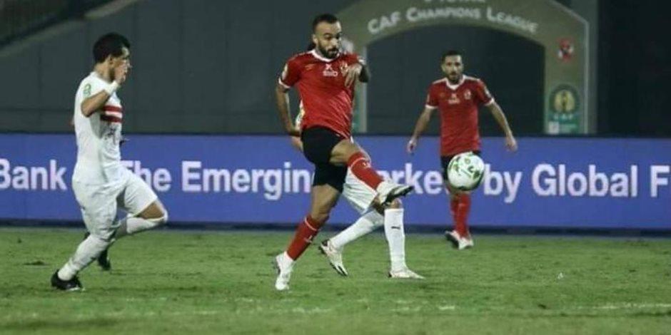 """اللجنة الثلاثية تصطدم بالأندية المصرية.. تكلفة """"مسحة كورونا"""" تشعل فتيل الأزمة"""