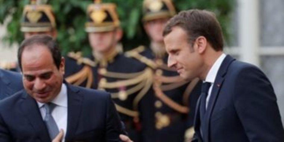 متحدث الرئاسة يكشف من باريس برنامج لقاءات السيسي ومباحثاته في «الإليزيه» غدا