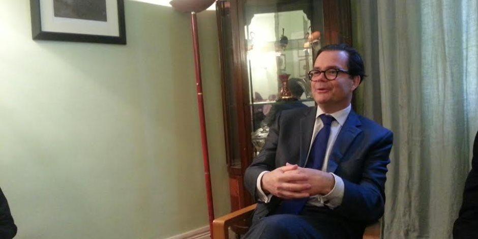 ماذا قال السفير الفرنسي في القاهرة عن الرسوم المسيئة للنبي محمد؟