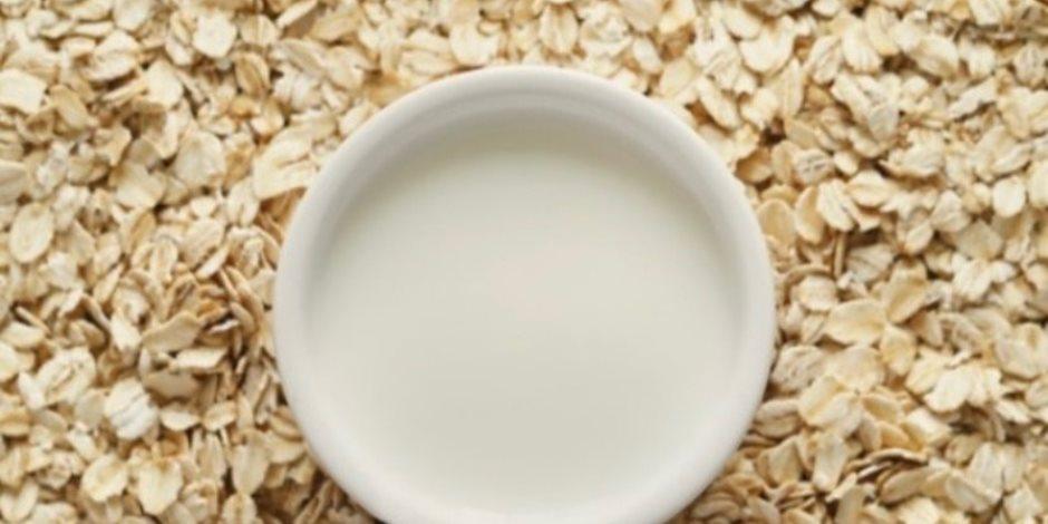 كيف يقوى حليب الشوفان العظام ويحمى من السكر؟