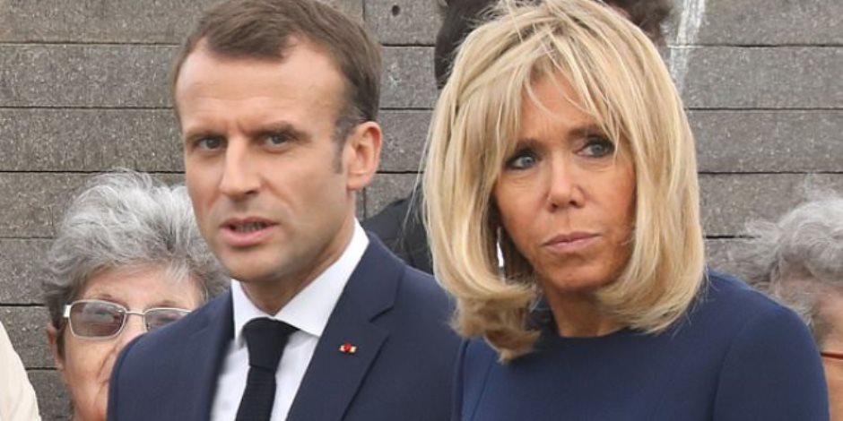 ماكرون وزوجته بريجيت في مرمى نيران الفرنسيين