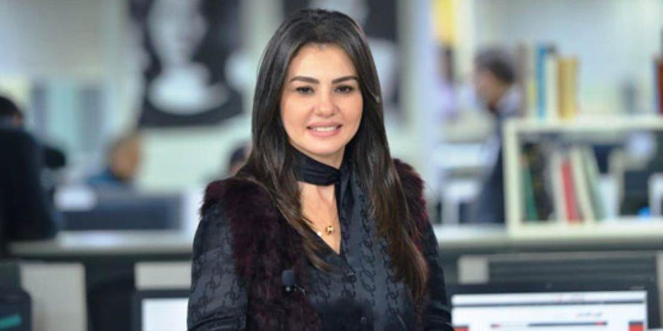 """دينا فؤاد تحتل المرتبة الأولى على """"تويتر"""" بعد تألقها فى مسلسل """"جمال الحريم"""""""