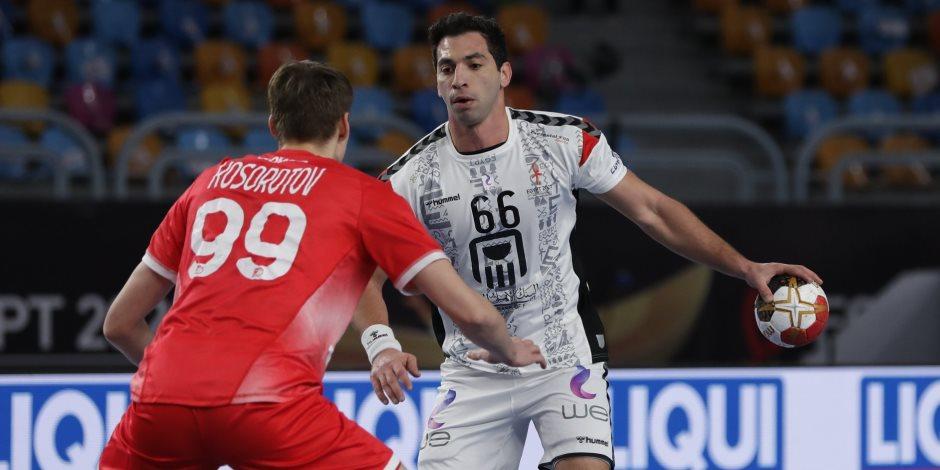 مصر تتقدم على بيلاروسيا (21 - 14) في الشوط الأول