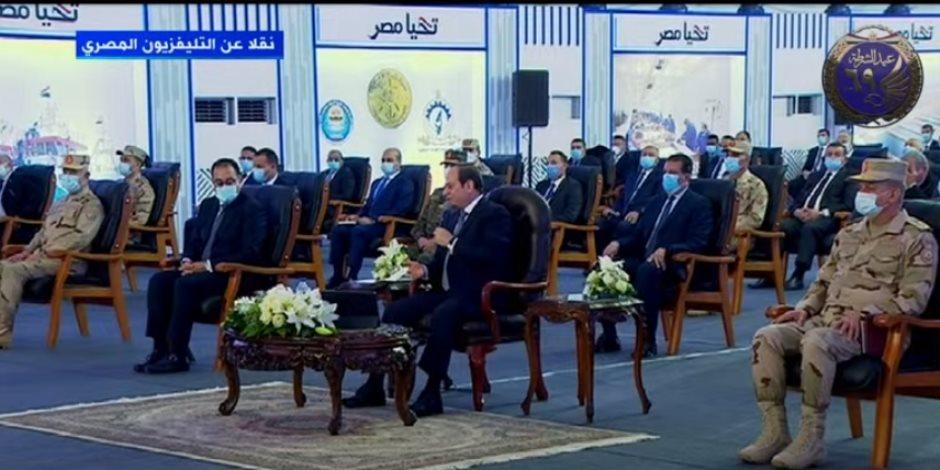 """الرئيس السيسى: تحويل خطوط الكهرباء الممدودة فوق منازل الريف لـ""""أرضية"""""""