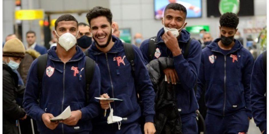 أزمة بعثة الزمالك.. اتصالات مكثفة بين وزيري الرياضة والطيران لإيجاد حل سريع