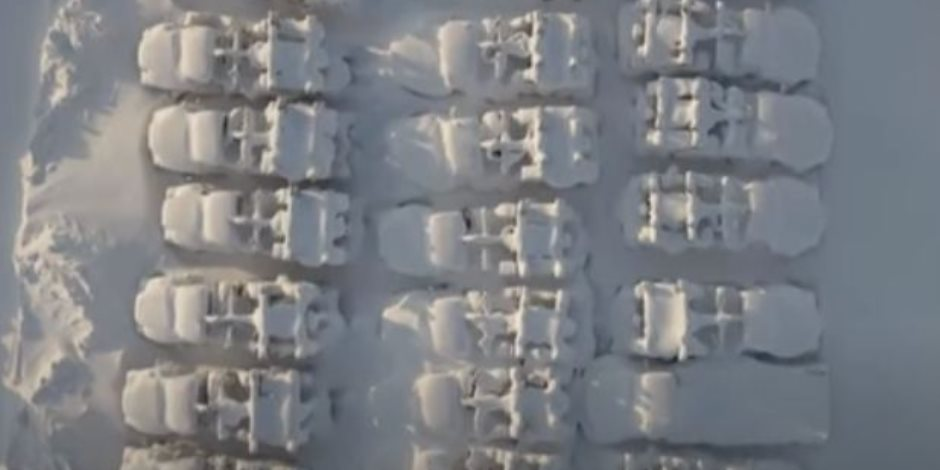 بسبب كثافة الثلوج وراء القطب الشمالي.. مدينة روسية تتحول لمنطقة مهجورة (فيديو وصور)