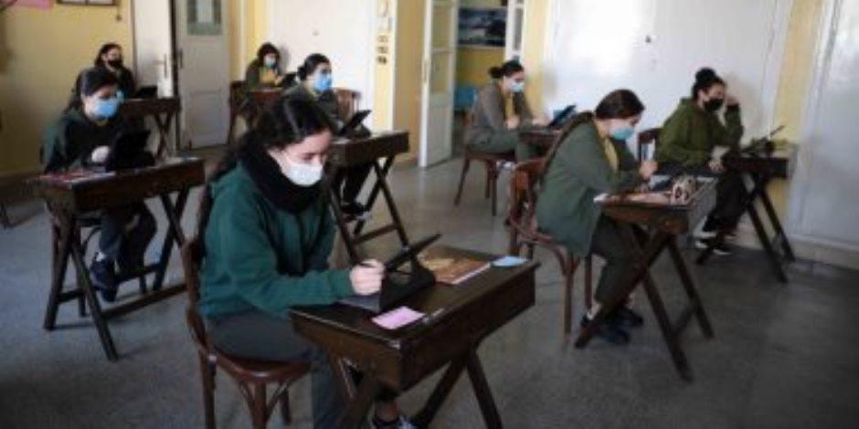 التعليم: إعادة امتحان من تعرض لمشكلة تقنية داخل اللجنة وحرر محضر إثبات حالة