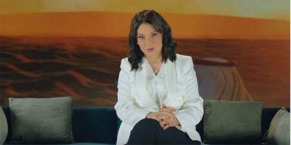 """ظهور الإعلامية درية شرف الدين فى أولى حلقات برنامج """"حديث العرب فى مصر"""" اليوم (فيديو)"""