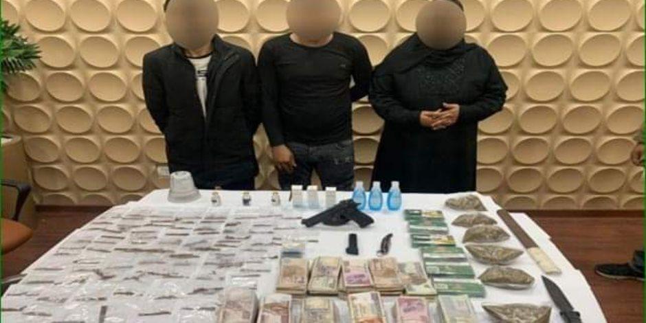 الأمن يداهم مصنع مخدرات داخل شقة بمدينة بدر