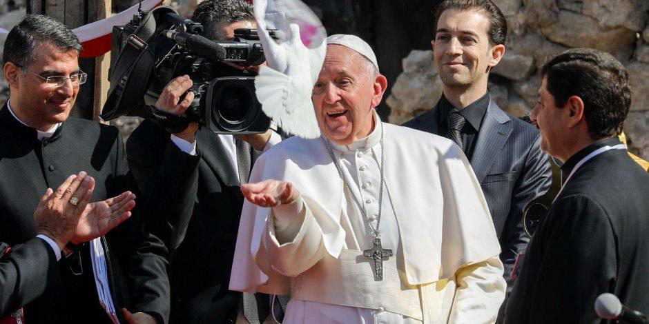 بعد استماعه لـ«روايات مؤلمة» في العراق.. بابا الفاتيكان: المغفرة كلمة مسيحية