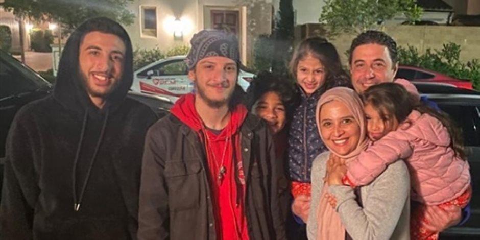 حنان ترك تحتفل بعيد ميلادها مع عائلتها.. وابنها يوجه لها رسالة (صور)