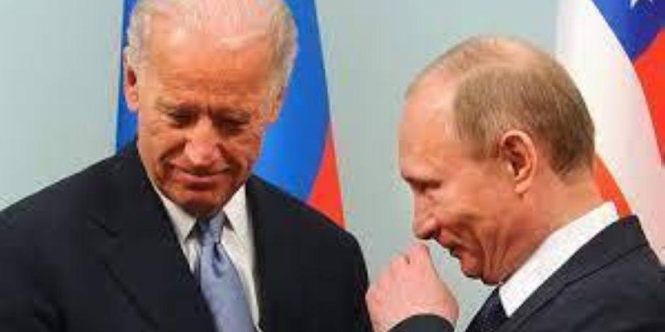 """خلاف """"حرب التصريحات"""" بين بايدن وبوتين عرض مستمر.. والسفير الروسي في واشنطن يغادر إلى بلاده"""