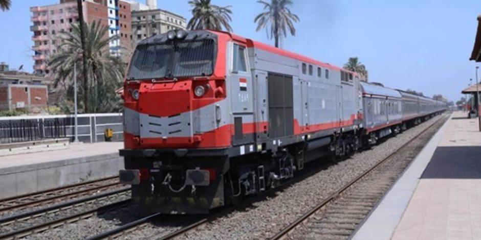 أبرزها تصنيع 1000 عربة بضائع.. معلومات مهمة عن تطوير هيئة السكة الحديد