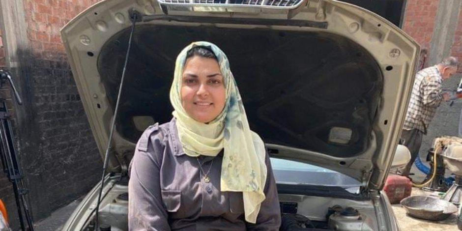 """أول ميكانيكية بالدقهلية لـ""""صوت الأمة"""": نفسي أكون صاحبة أكبر ورشة لصيانة السيارات في مصر"""