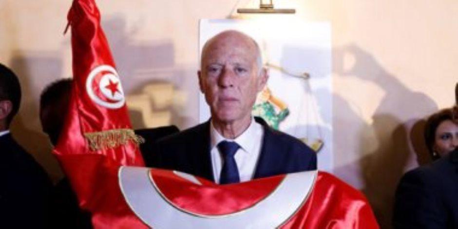 مطالبا بالقضاء عليهم .. الرئيس التونسى يتوعد المضاربين والمحتكرين واللوبيات ويحذر من التخاذل