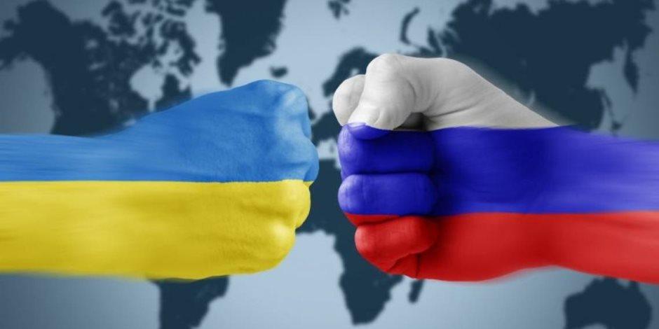 بتهمة تلقي معلومات حساسة.. روسيا توقف دبلوماسيا أوكرانيا.. فما رد فعل بلاده؟
