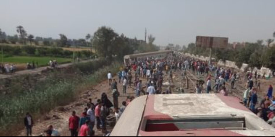 آخر مستجدات حادث قطار طوخ.. الصحة: 11 وفاة و98 إصابة.. والتضامن تتعهد برعاية أسر المتوفين