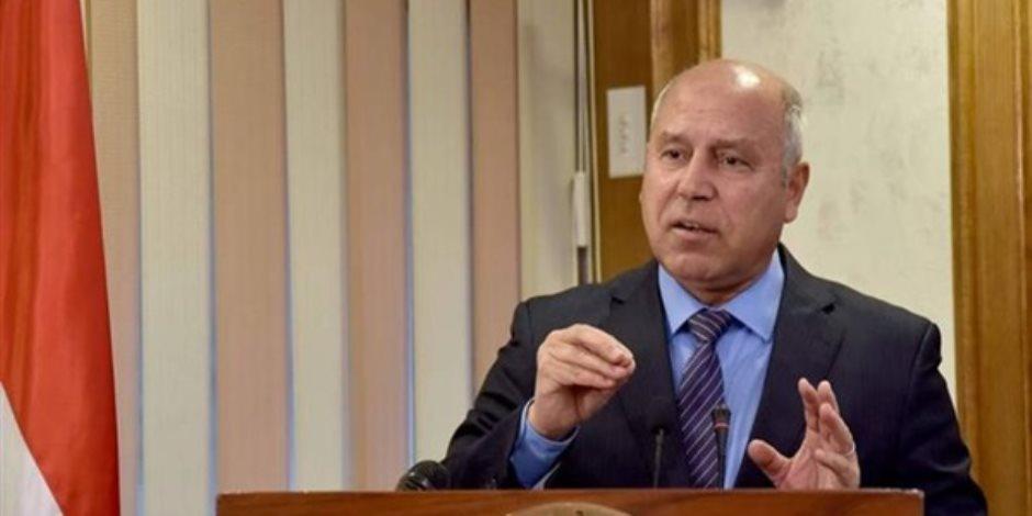 وزير النقل: لم أجد تعاونا من قيادات وموظفي السكك الحديدية منذ تولي المهمة