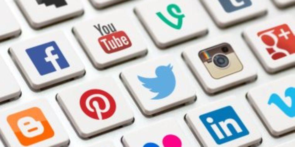 مواقع التواصل الاجتماعي في مأزق.. أندية إنجليزية تنظم حملة كبيرة للمقاطعة