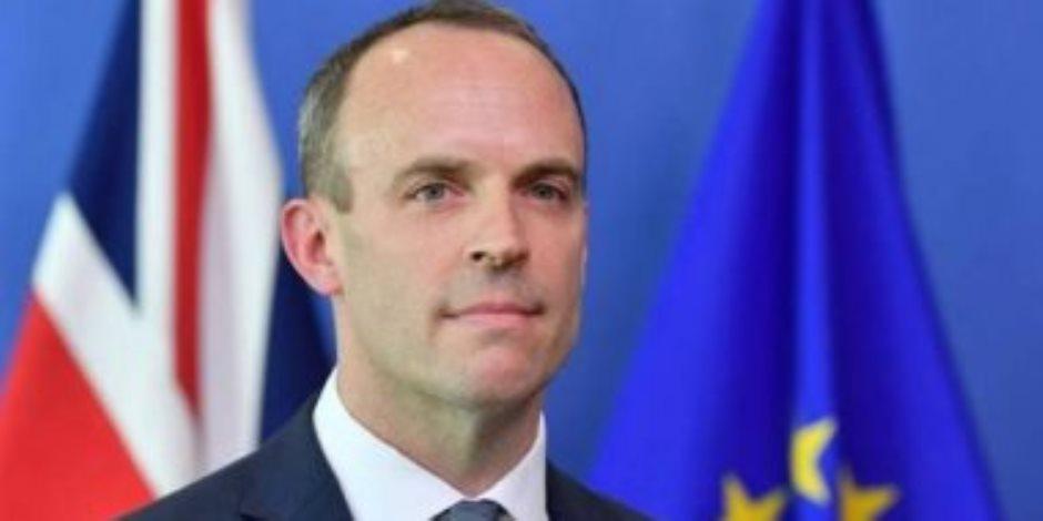 وزير الخارجية البريطاني يتهم الاتحاد الأوروبي بالفشل.. ماذا قال الرئيس الفرنسي عن أيرلندا الشمالية؟