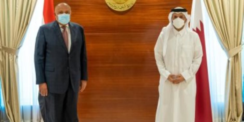 3 ملفات رئيسية.. تفاصيل لقاء وزير الخارجية المصري مع نظيره القطري