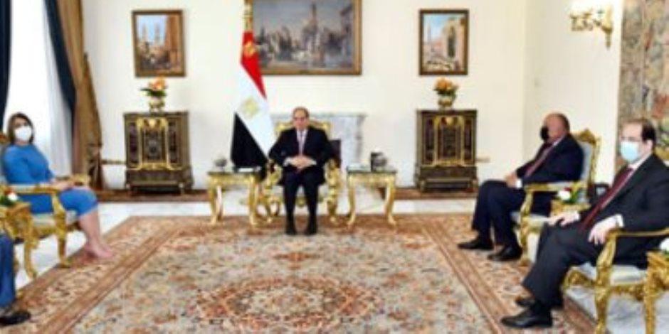 الرئيس السيسي يشدد: استعادة سيادة ليبيا تبدأ بسحب القوات الأجنبية والمرتزقة
