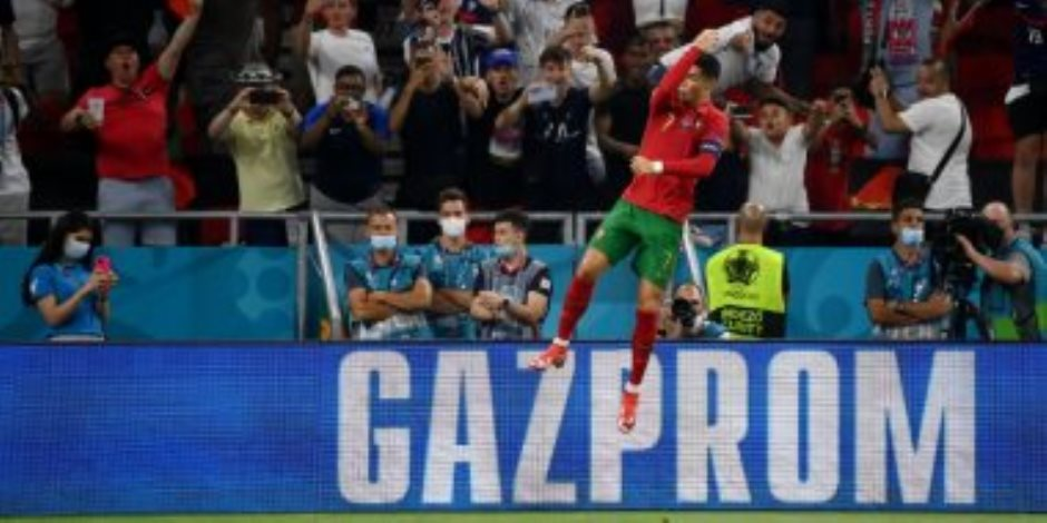 كريستيانو رونالدو يتعادل لـ البرتغال أمام فرنسا 2-2 ويعادل رقم دائي القياسي