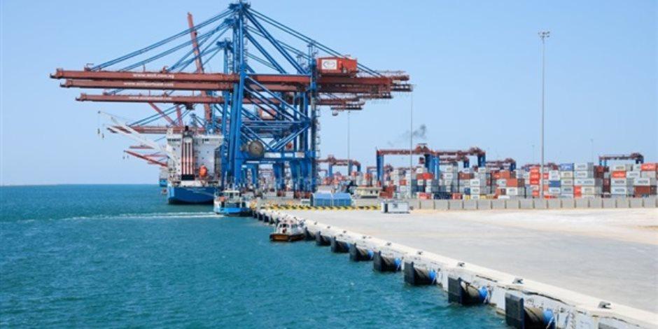 رئيس قناة السويس: أعداد السفن فى تزايد ونتوقع الوصول لإيرادات 6 مليارات دولار