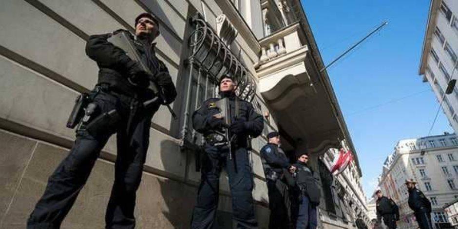 مطاردة الإخوان.. المجلس الوطني في النمسا يقر قانون الإرهاب
