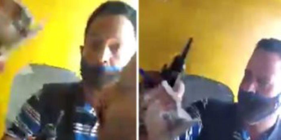 إيقاف كمسرى قطار منوف وإحالته للتحقيق بعد فيديو الاعتداء على أحد الركاب