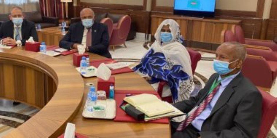 سامح شكرى يبحث مع وزيرة خارجية السودان الملفات ذات الأولوية بين البلدين