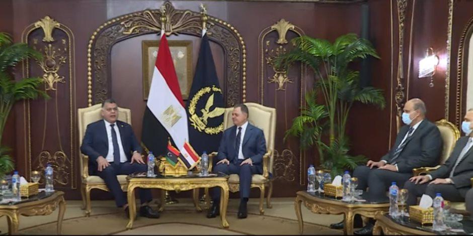 وزير الداخلية يستقبل نظيره الليبي لبحث تفعيل الشراكة الأمنية بين البلدين (فيديو)