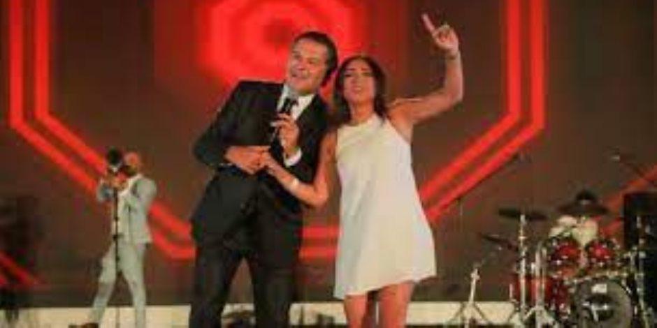 """روجينا عن رقصتها مع راغب علامة: """"اللي كانت على المسرح دي واحدة من جمهوره مش روجينا"""" """"صور"""""""